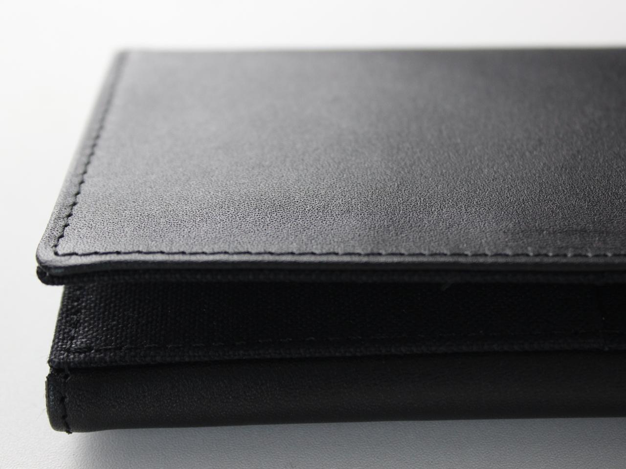 たくさん入るカードケース - Black Edition